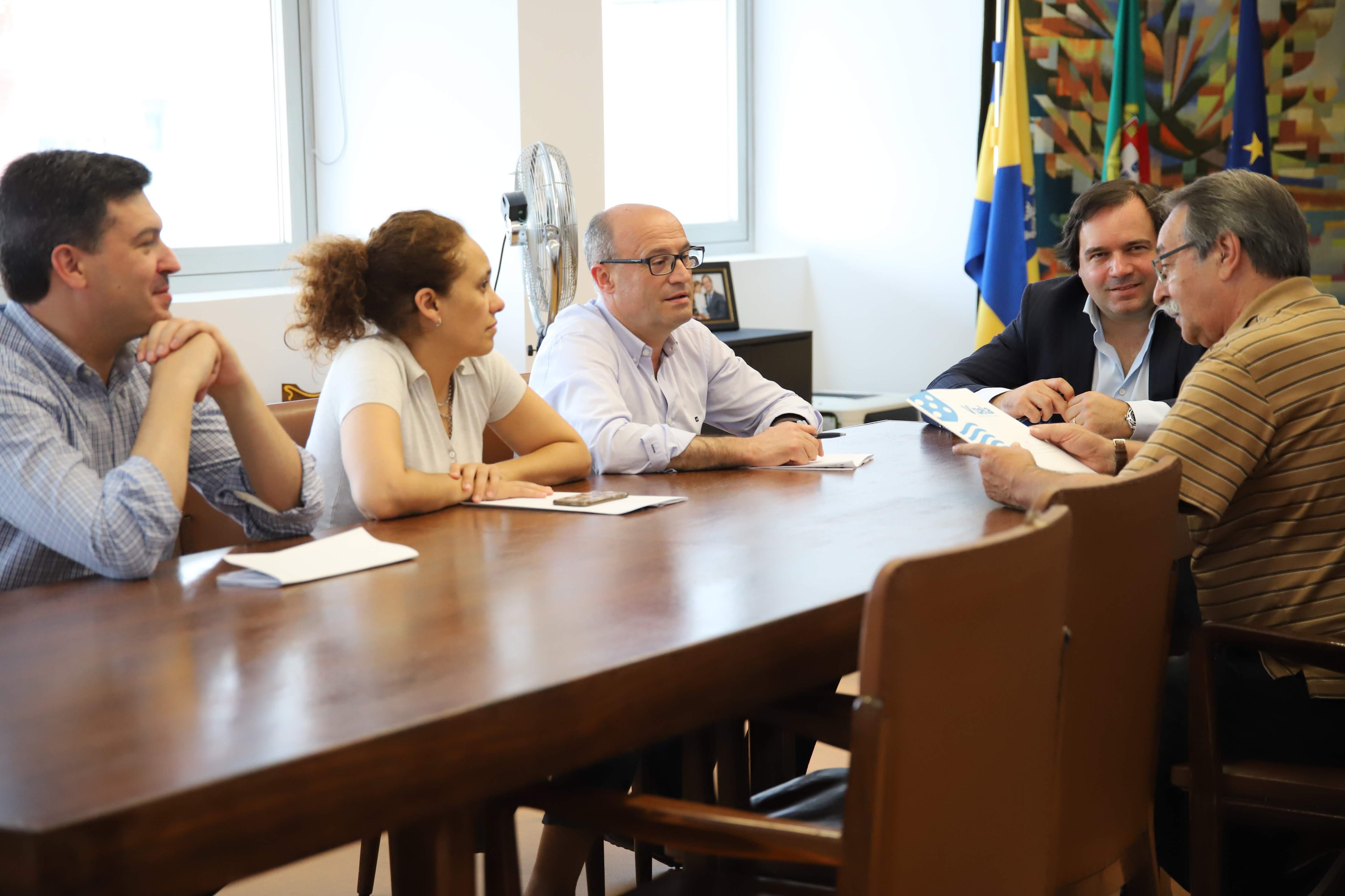 Câmara assina contratos-programa com associações culturais