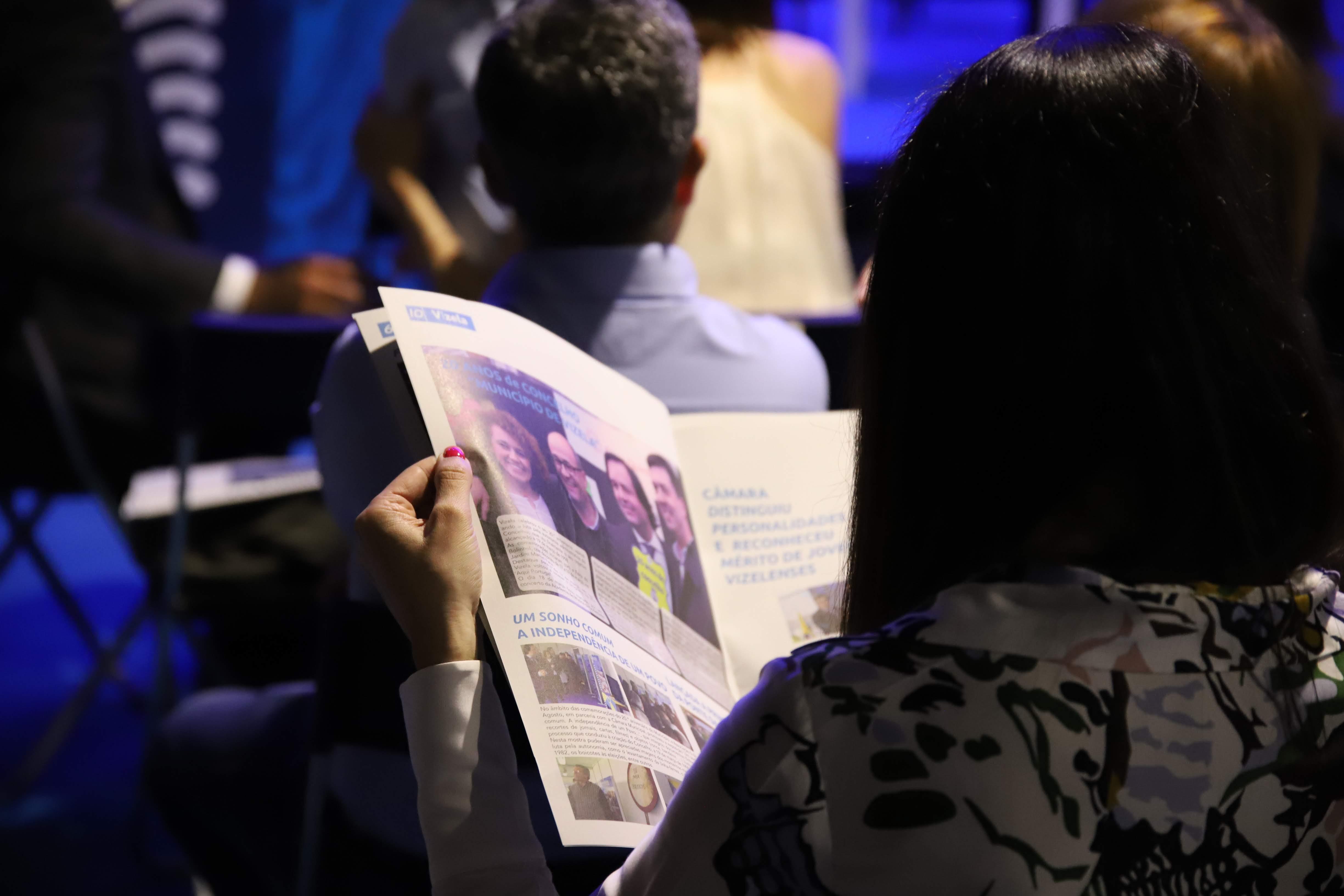 Apresentação da 4ª edição do jornal Info Municipal