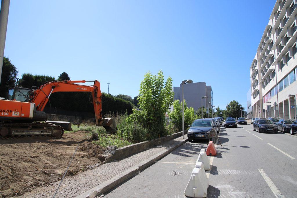 Iniciaram obras do novo Parque de Estacionamento junto ao Fórum