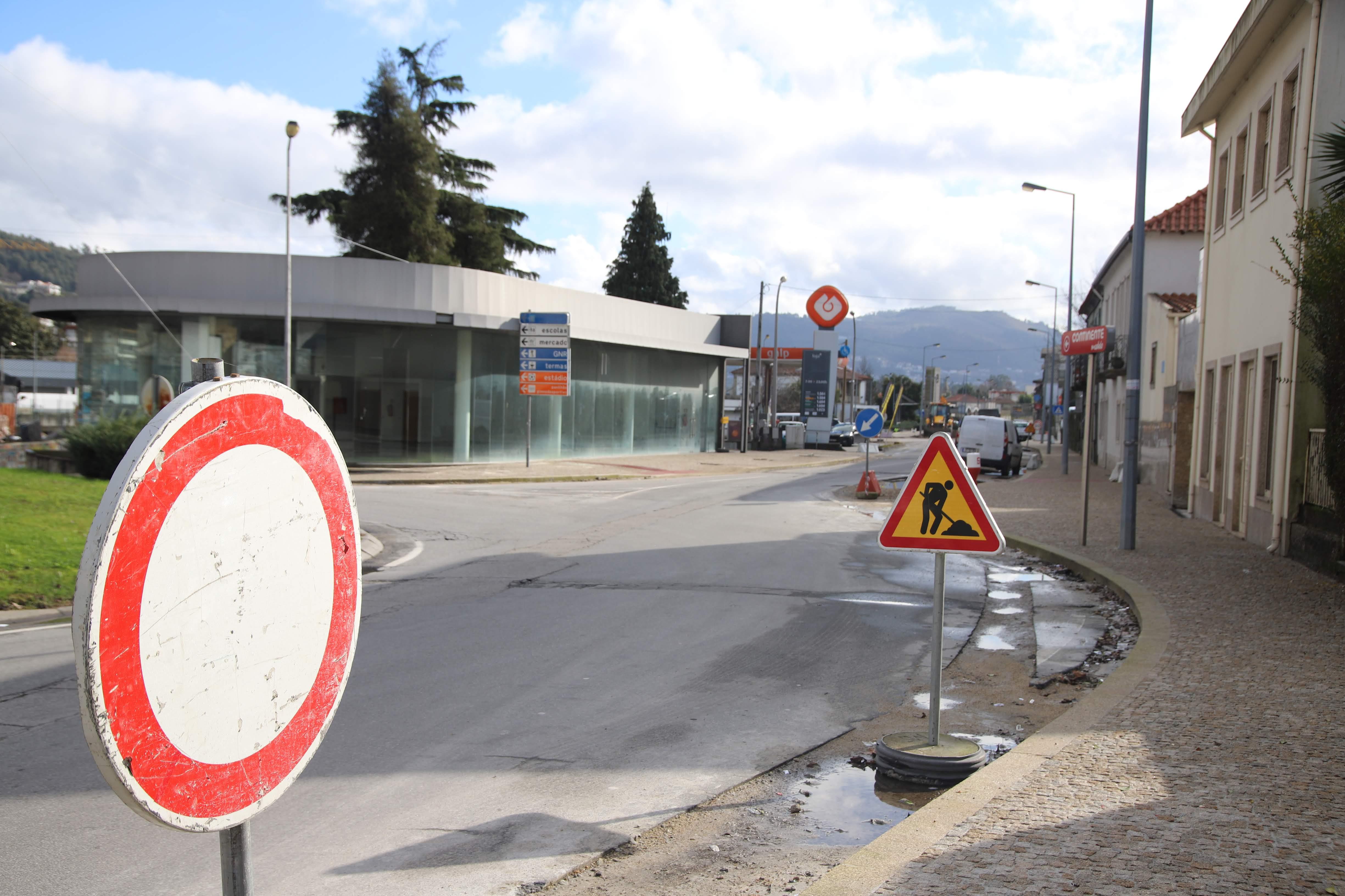 Alterações de trânsito para obra de requalificação da Av. Eng.º Sá e Melo