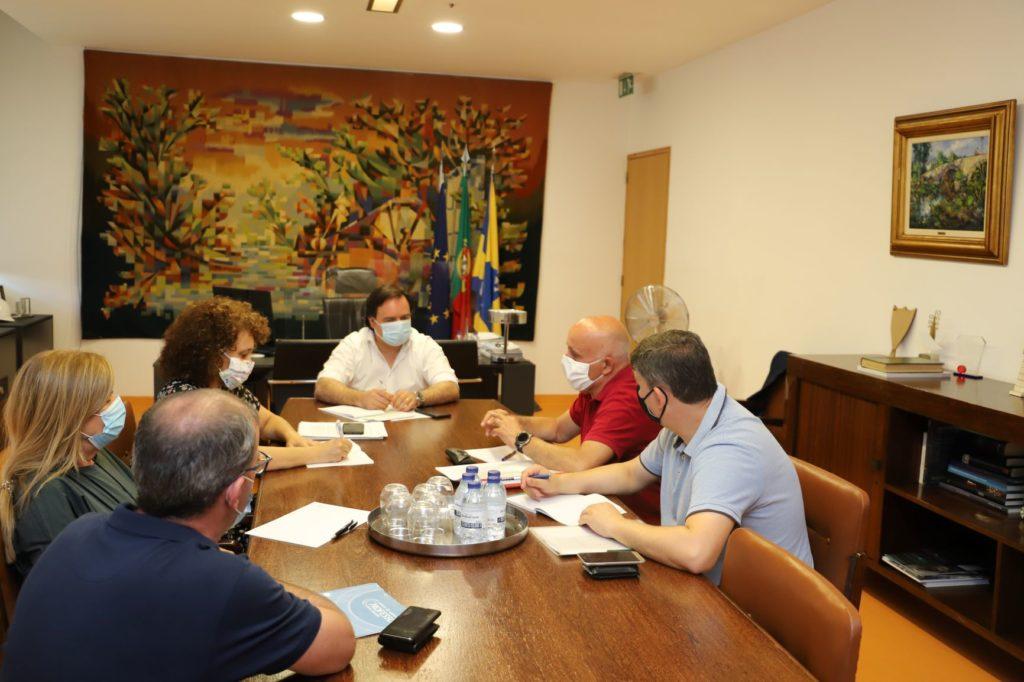 PRESIDENTE DA CÂMARA REUNIU COM AGRUPAMENTOS DE ESCOLAS PARA PREPARAR ABERTURA DO ANO LETIVO